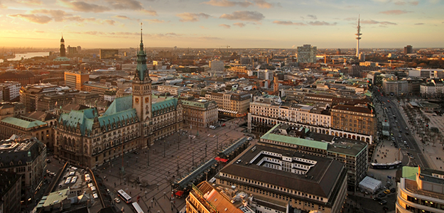 Hamburg: Panorama © Andreas Douvitsas / stock.adobe.com