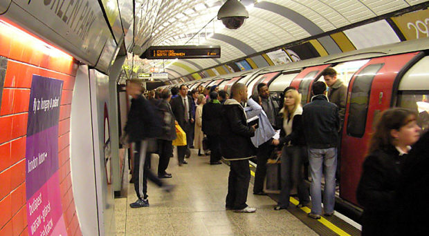 Commuters on the London Underground are more likely to catch the flu © Wikipedia